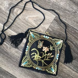 Butterfly 🦋 Vintage Crossbody Purse Tassels Silk